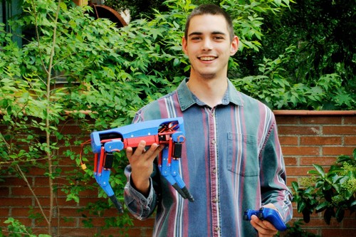 He construido mi propio perro-robot como los de Boston Dynamics, lo controlo con un mando de PlayStation