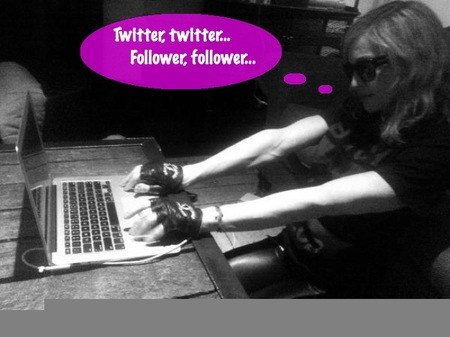 Pues sí que ha tenido un día intenso Madonna en Twitter