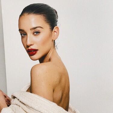 Este es el truco de maquillaje de María Pedraza para mejorar el eyeliner y solo necesitas un iluminador para recrearlo