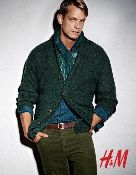 Total look verde campaña otoño 2012 en H&M