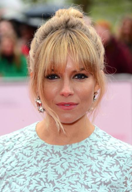 ¿Estará Sienna Miller entre las mejor y peor vestidas de los BAFTA 2013?