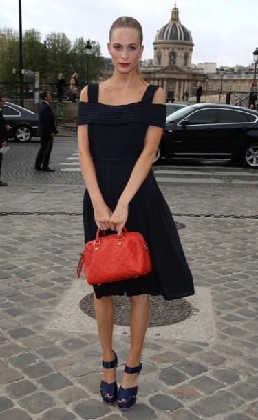 Poppy Delevingne y Bérénice Bejo en el front-row de Louis Vuitton