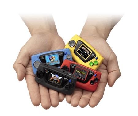 """Sega presenta la Game Gear Micro por su 60 aniversario: una versión tan """"mini"""" que incluye una lente magnificadora"""