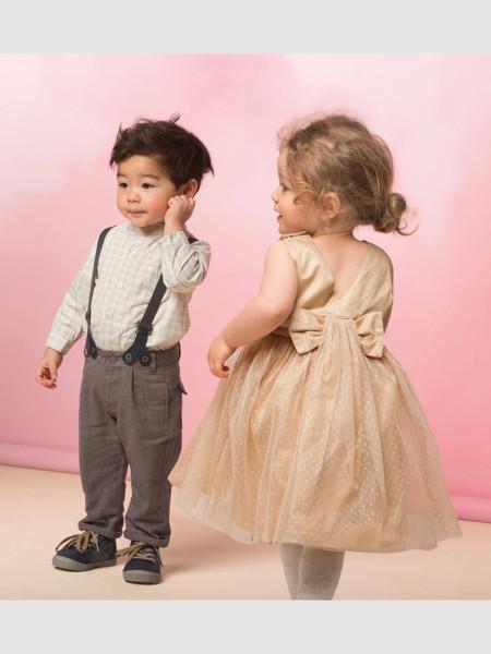 Las 12 prendas perfectas (y low cost) para vestir a tus niños estas Navidades