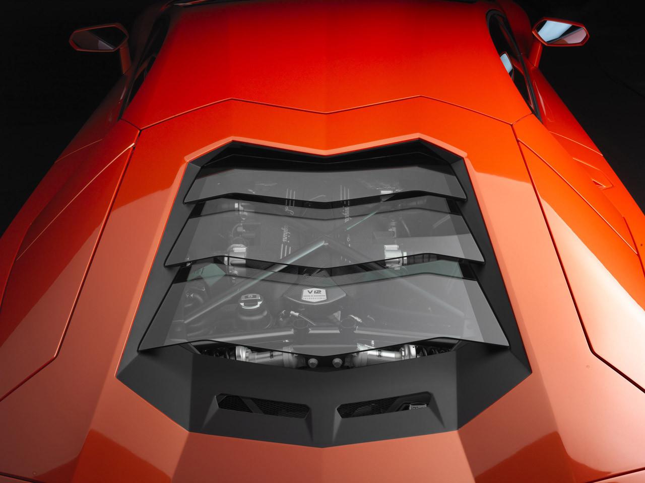 Foto de Lamborghini Aventador LP700-4 (8/62)