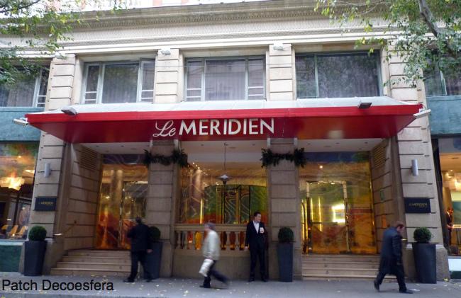 Entrada del hotel Le Meridien de Barcelona