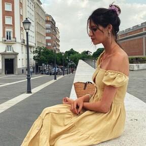 Sara Carbonero tiene el recogido messy más sencillo y bonito para ir a una fiesta preciosa sin pasar por la peluquería