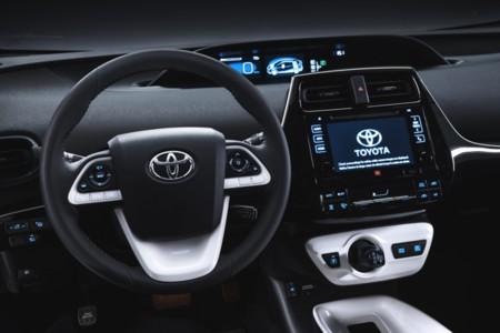 Toyota Prius 2015 8