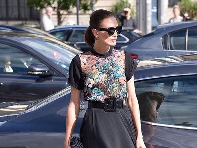 Nieves Álvarez gana por goleada a Olivia Palermo con un fabuloso look en París
