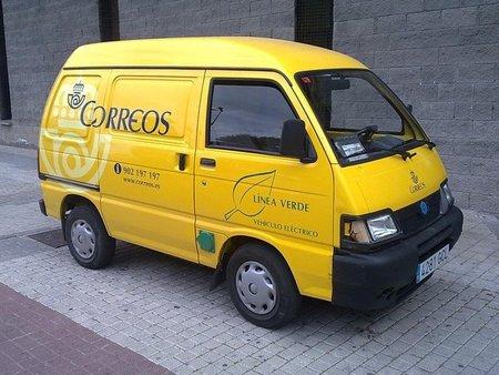 Vehiculo Piaggio Correos Getafe