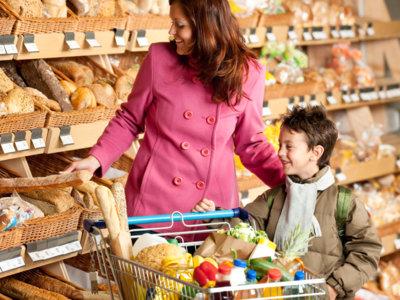 ¿Cuándo un alimento tiene demasiada sal, grasa o azúcar?