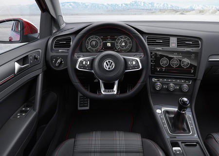 Volkswagen Golf 2017 1024 1c
