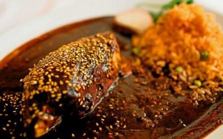 Mole Poblano Pollo Diario De Morelos 600x374