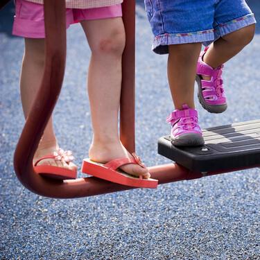 Esguince de tobillo en niños: qué hacer si mi hijo se tuerce el pie