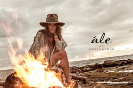 Parece que Alessandra Ambrosio ya está lista para Coachella...