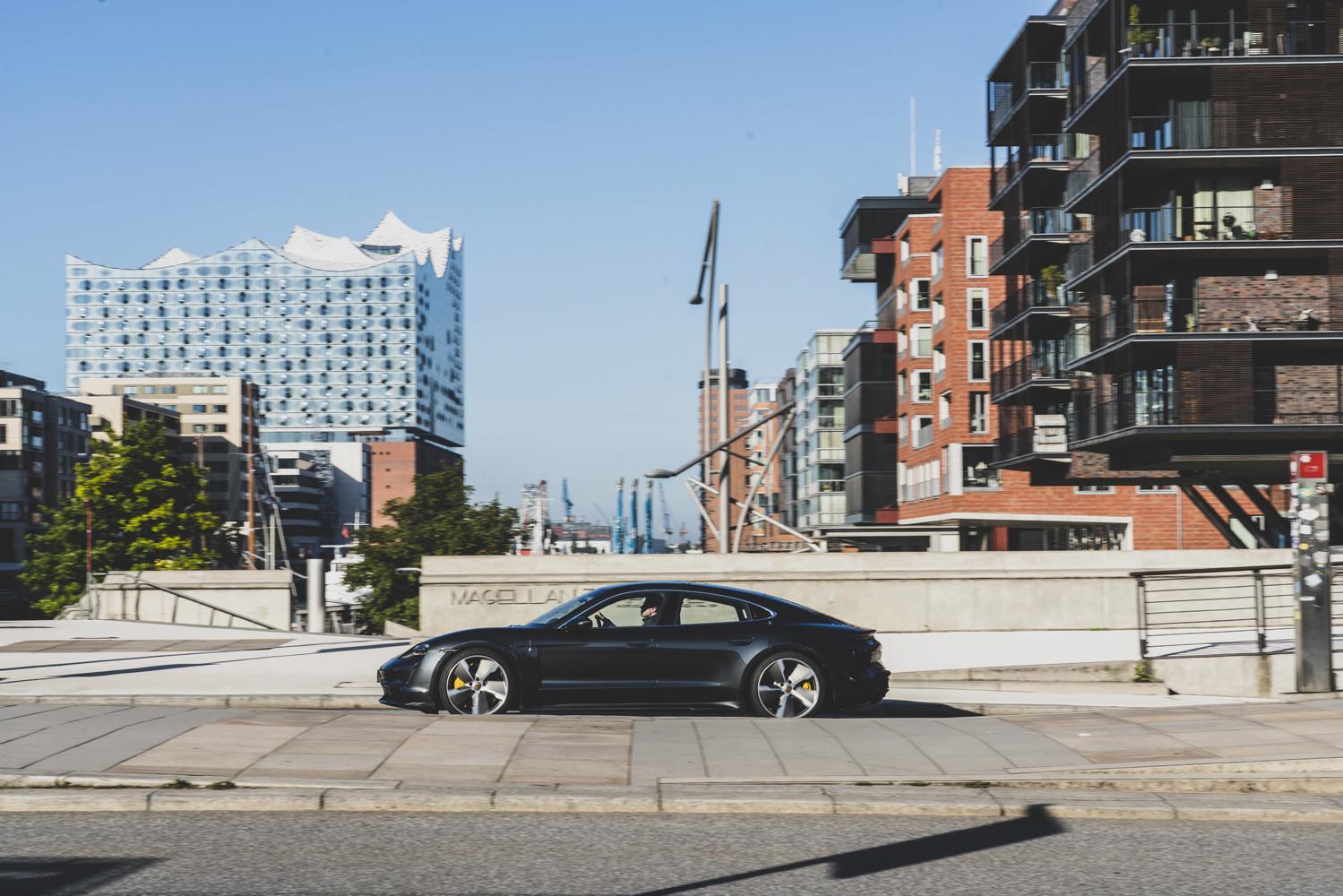 Foto de Porsche Taycan prueba contacto (85/275)