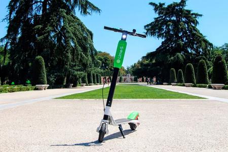Madrid concede licencias a 18 empresas de patinetes eléctricos: autoriza a Uber, pero deja fuera a Cabify