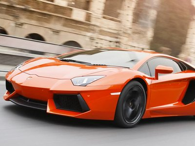 Lamborghini llama a revisión a 1453 Aventadores, incluyendo al Veneno de 4 millones de dólares