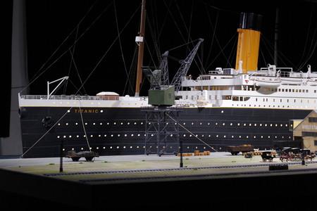 """El transatlántico más famoso del mundo sale a flote en Alicante con """"Titanic. The Reconstruction"""""""