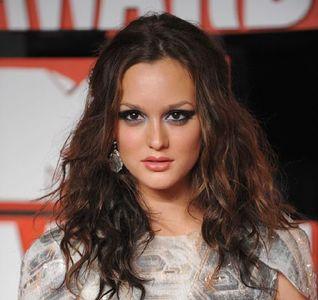 El look de Leighton Meester en los premios MTV-VMA