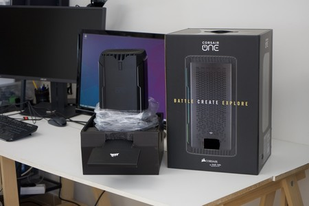 Corsair One I160 Review Caja