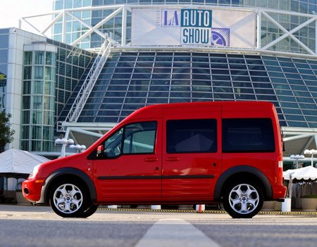 Ford Transit lateral