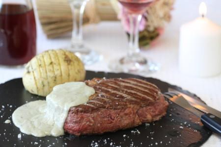 Roquefort Nata Solomillo De Ternera Con Salsa Roquefort V2