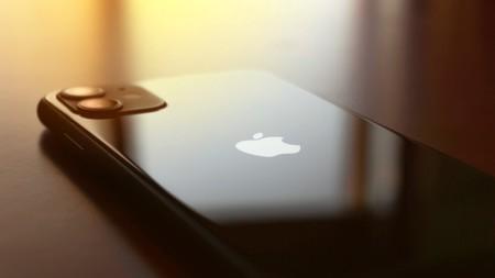 Los iPhone 12 vendrán sin EarPods ni adaptador de corriente para compensar por el 5G, según TrendForce