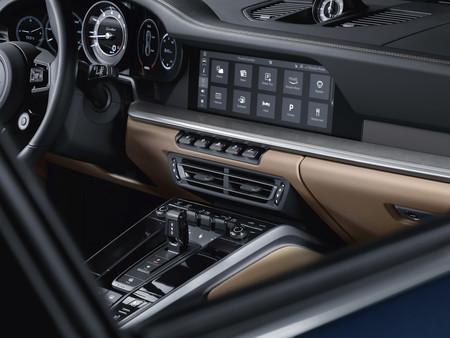 Porsche 911 Turbo 2021 10
