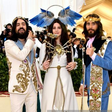 Jared Leto se convierte en el mesías del estilo para la MET Gala en Gucci