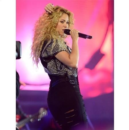 La gira de Shakira: entre conciertos, chupetes, pañales... y Milan