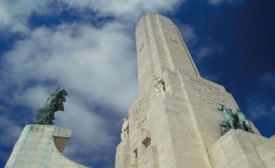 Visita al Monumento a la Bandera en Rosario, Argentina (y la historia de la albiceleste)