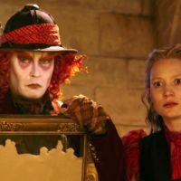 'Alicia a través del espejo', tráiler y carteles de la secuela de 'Alicia en el País de las Maravillas' (ACTUALIZADO)