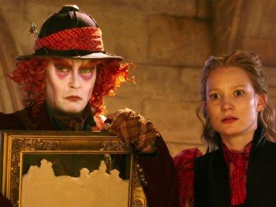 'Alicia a través del espejo', tráiler y carteles de la secuela de 'Alicia en el País de las Maravillas'
