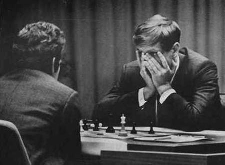 Tobey Maguire será Bobby Fischer