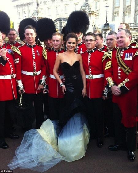 Cheryl Cole, todo lo guapa que tú quieras pero cantando no ganas ni al Singstar