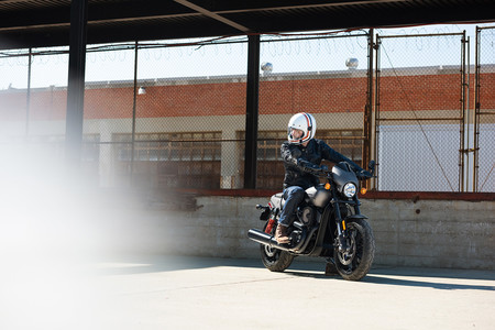 Harley Davidson Street Rod 2017 3