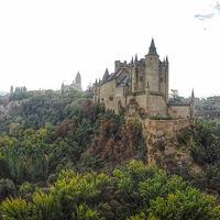 Sí, estos cinco castillos Disney existen en el mundo real. Y puedes visitarlos