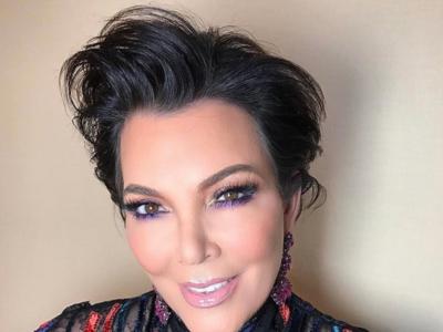La madre de las Kardashian se convierte en la hermana mayor más elegante en los Globos de Oro 2017
