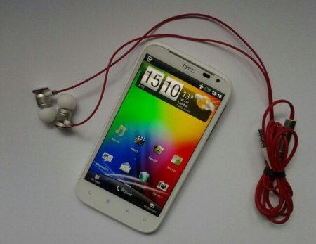 HTC Sensation XL, un movil a lo grande con sonido Beats by Dr. Dre
