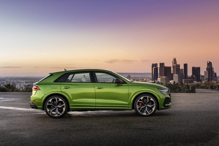 Audi RS Q8 2020 lateral