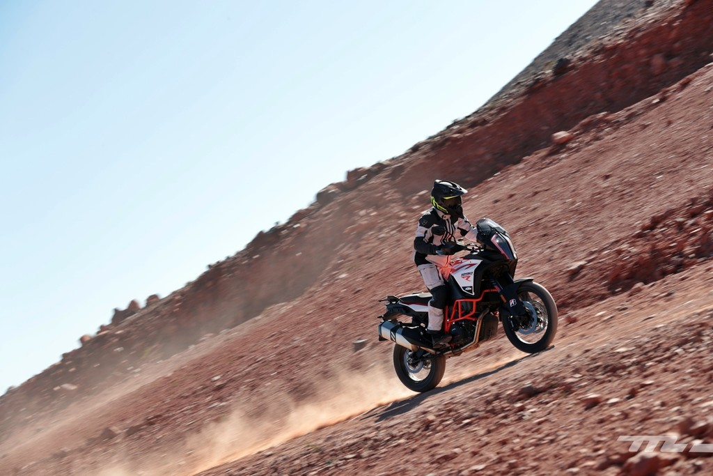 Bridgestone Battlax Adventure A41 2018 040