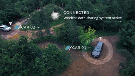 Land Rover demuestra que la conducción autónoma también será posible fuera del asfalto