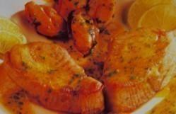 Medallones de atún con salsa de mejillones
