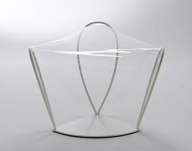 Butaca transparente de Nendo