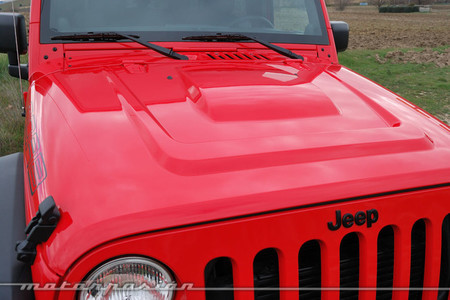 Jeep Wrangler Moab capó