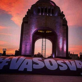 Con protesta en la Ciudad de México antros y bares exigen abrir: #VasosVacíos