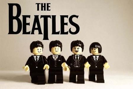 Tus grupos favoritos también pueden estar en el universo Lego