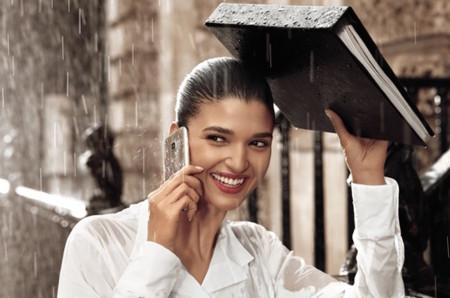El Galaxy S7 bloquea el puerto micro USB si detecta humedad
