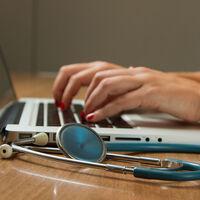 Harvard lanza su primer curso online gratuito en español en edX para asistir a los profesionales de la salud
